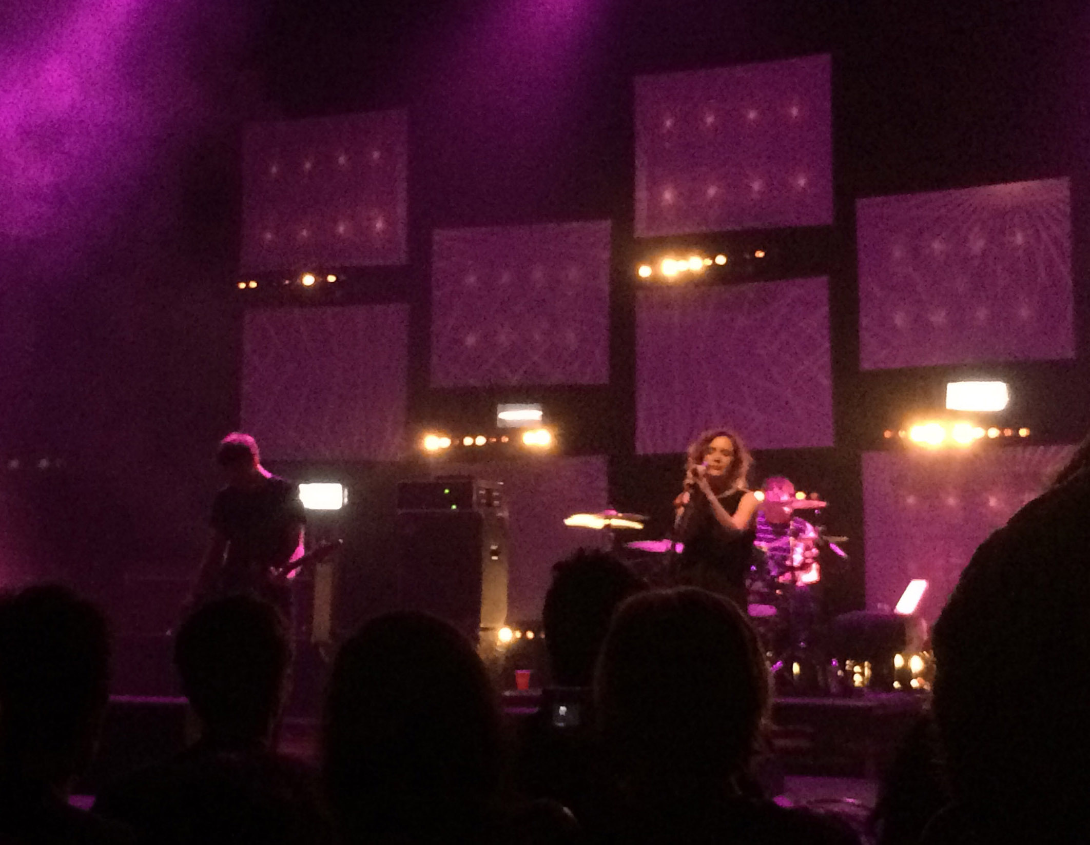 Slowdive @ United Artists Theater; Los Angeles, CA (3)